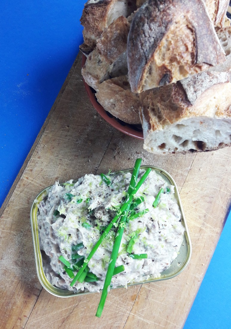 Sardine rillettes and other sailing adventures - A Hedgehog in the ...
